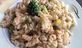 Barevný těstovinový salát podle mě