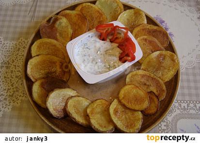 Opečené brambory s bylinkovým dipem