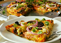 Slaný koláč z rohlíků alla pizza