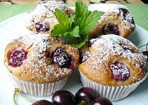 Třešňové muffiny s čokoládou
