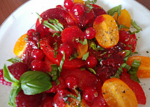 Úplně jiný rajčatový salát