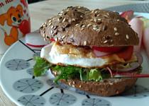 Fresh snídaňový hamburger
