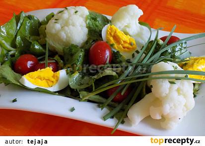 Salát z pórku a hořčice čínské