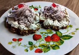 Sněhové dortíčky s jahodovým krémem