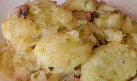 Bramborové noky s česnekem a bylinkami z jedné pánve