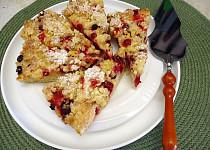 Rychlý drobenkový koláč s ovocem