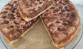 Třešňový koláč s ořechovým těstem