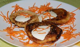 Sladké mrkvové lívanečky