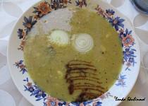 Čočková polévka s cibulkou