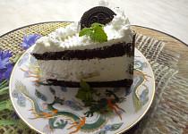 Šlehačkový nadýchaný dort