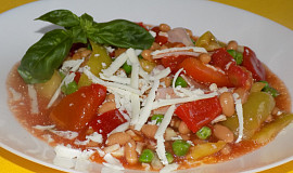 Fazolový salát s lečem