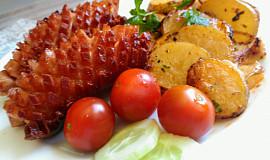 Pečené cibulkové brambory s bylinkami