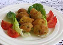 Smažené olivy plněné mandlemi