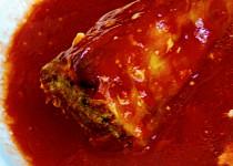 Plněné papriky v přírodní rajčatové omáčce