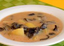 Houbová polévka se sýrem