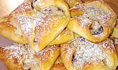 Kynuté šátečky s jemnou tvarohovo - borůvkovou náplní