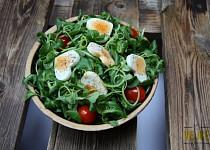 Rukolový salát a vejci