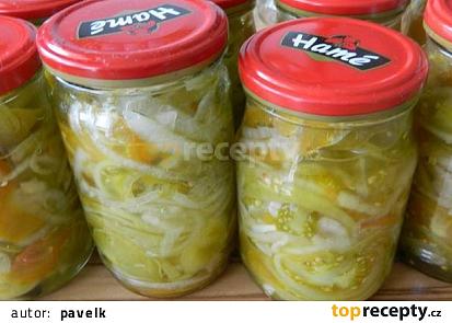 Salát ze zelených rajčat na zimu