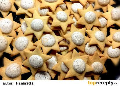 Hvězdičky s ořechovou tečkou