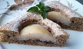 Ořechový koláč s jablky a brusinkami
