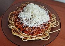 Milánské špagety s bílým vínem