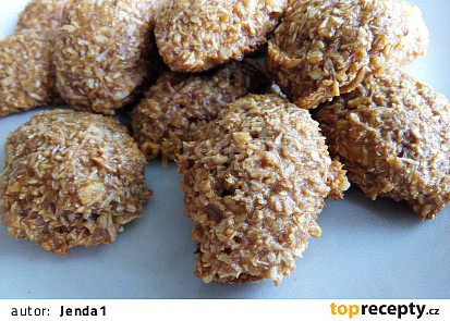 Karamelové kokosky s ořechy