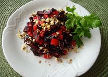 Maršálský salát s červenou řepou