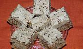 Ořechové řezy s máslovým krémem