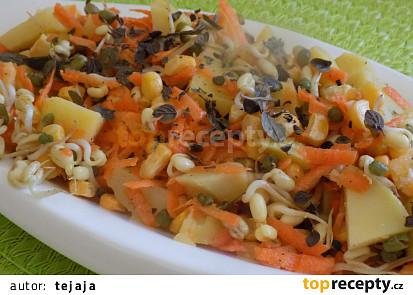 Salát s bramborami a klíčky