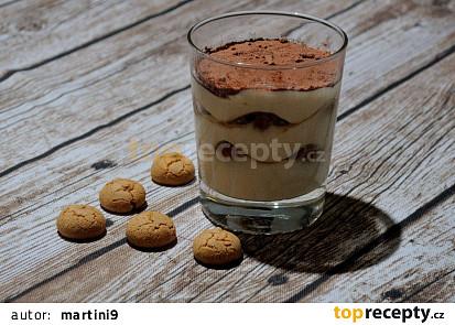 Tiramisu v poháru/ve skleničce