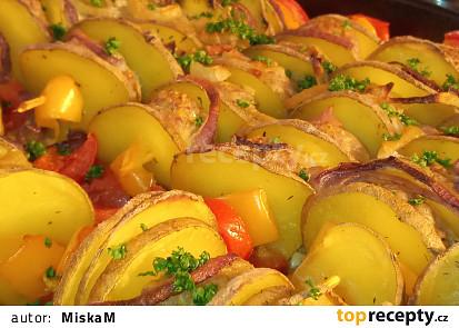 Tymiánové brambory s mletými koulemi