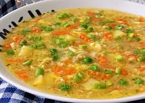 Vydatná vločková polévka s česnekem