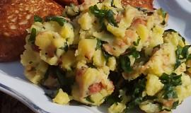 Šťouchané brambory s medvědím česnekem