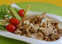 Kuřecí kostky se sójovými boby