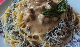 Špagetový talíř s nivovým okrajem