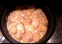 Zapečené brambory se smetanou :)