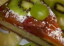 Dortová  osvěžující pochoutka s ovocem