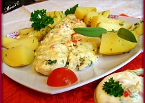 Rybí filety pod bylinkovo - smetanovým kabátkem / parní hrnec