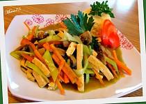Tofu s bylinkovou chutí a zeleninou