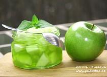 Zelené jablko s galaretkou a mátou