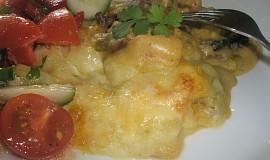 Kuřecí kousky pod bramborovo-celerovou pokličkou