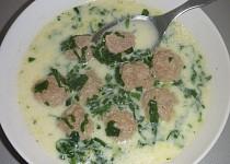Polévka z medvědího česneku s masovými knedlíčky