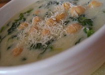 Špenátová polévka s cizrnou