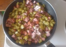 Soljanka aneb okurková polévka