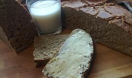 Špaldovo-žitný chléb