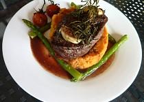 Steak jak  z moc drahé restaurace