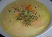 Polévka z čínského zelí s ovesnými vločkami
