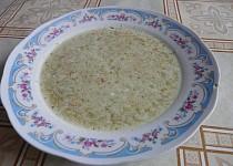 Brokolicová polévka se zakysanou smetanou