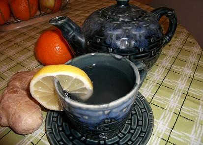 Zázvorový čaj s citrónem.