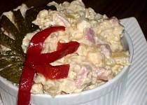 Bramborový salát s jogurtem a majolkou